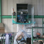 金属加工部品工場の「エアコン洗浄」