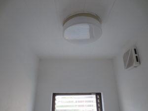 塗装後の風呂場の天井