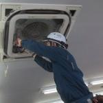 業務用天カセ4方向エアコンの洗浄セミナー