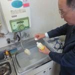 油汚れ対応の酸素系洗浄剤「エアクリーンD剤」の洗浄テスト
