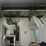 ステンレス製厨房用エアコンの「エアコン洗浄」