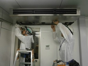 エアコン洗浄作業-1